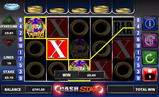 Trigger the free spins bonus with gold rings above all reels on PlayOJO's Cash Stax slot