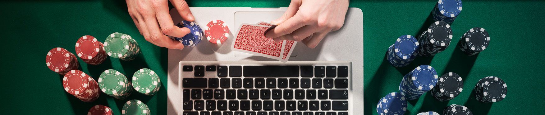 Play poker with queen casino
